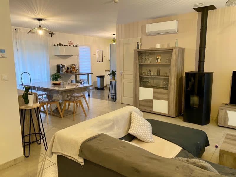 Sale house / villa Montussan 363000€ - Picture 2