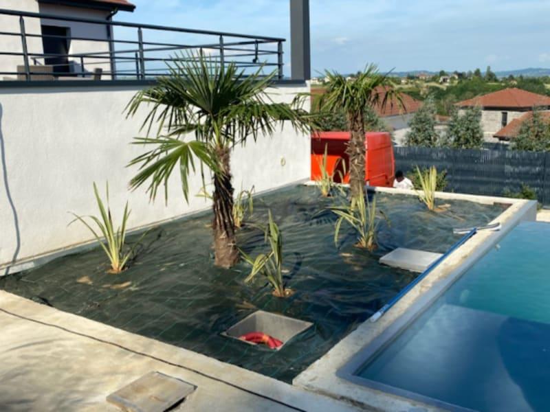 Sale house / villa Jardin 690000€ - Picture 1