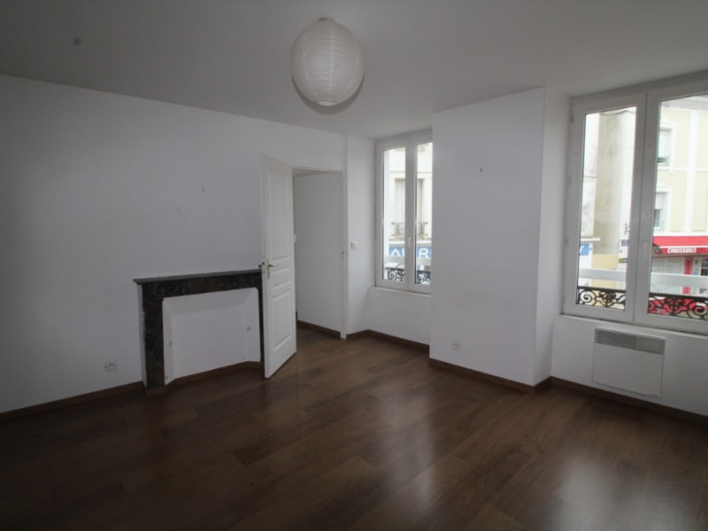 Rental apartment Le palais 495€ CC - Picture 2