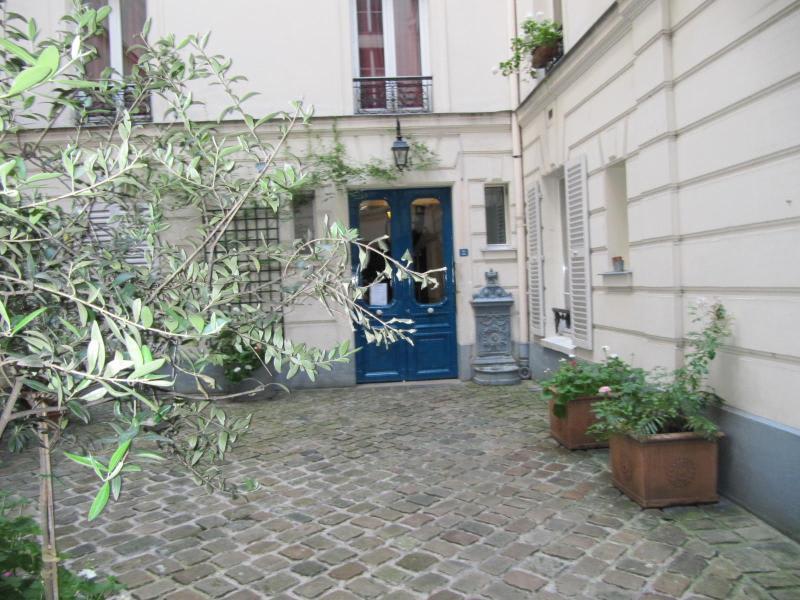 Location appartement Paris 7ème 1288,66€ CC - Photo 4