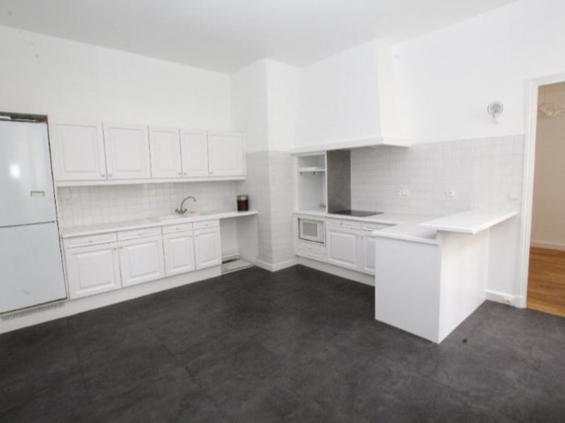 Location appartement Paris 7ème 6 020€ CC - Photo 8