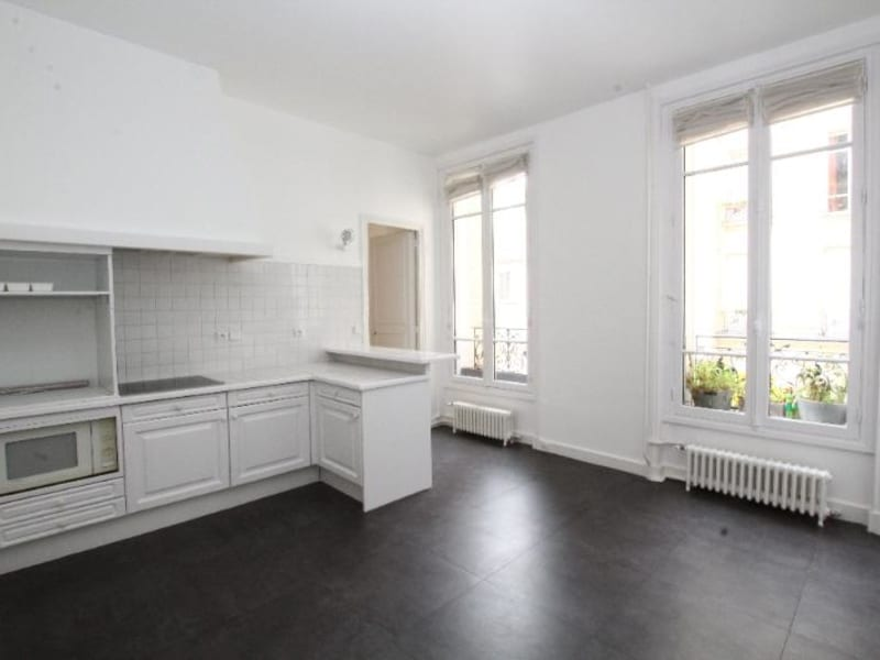 Location appartement Paris 7ème 6 020€ CC - Photo 9