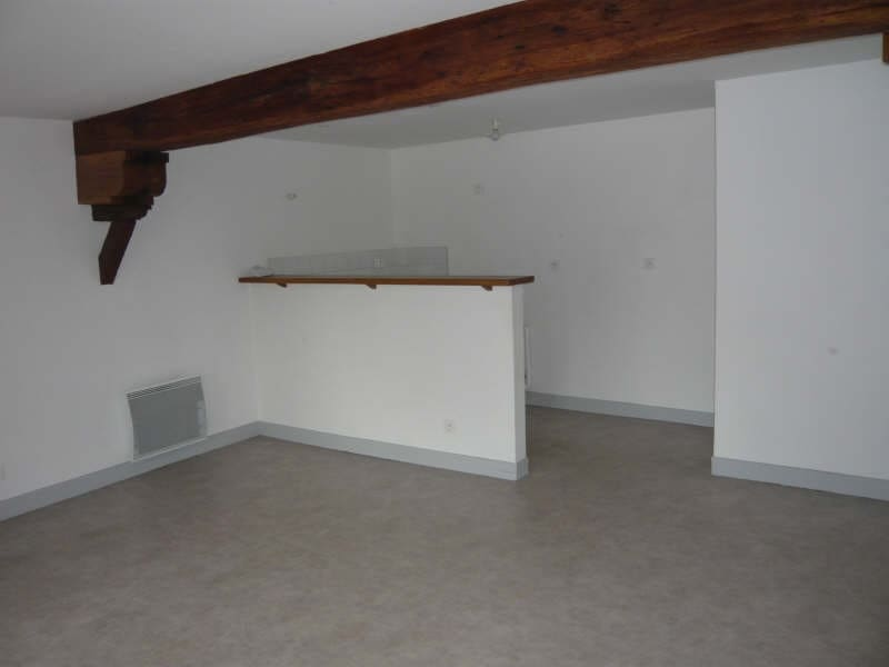 Location appartement La ferte milon 580€ CC - Photo 2