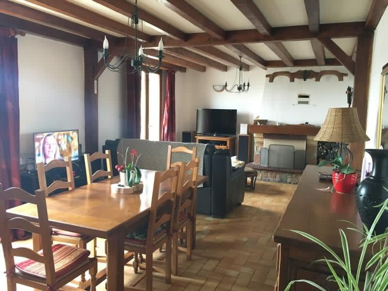 Sale house / villa Villers cotterets 209 000€ - Picture 4