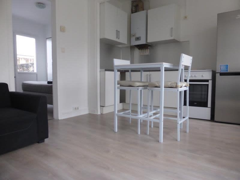 Sale apartment Crepy en valois 85000€ - Picture 2