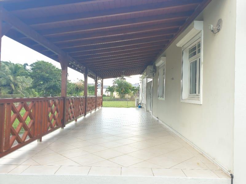 Location maison / villa Baie mahault 1700€ CC - Photo 12