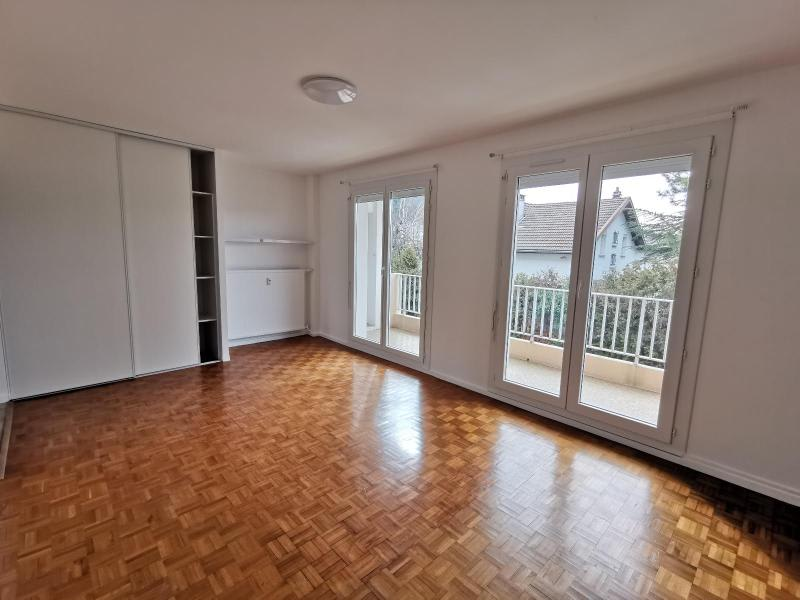 Location appartement Oyonnax 790€ CC - Photo 4