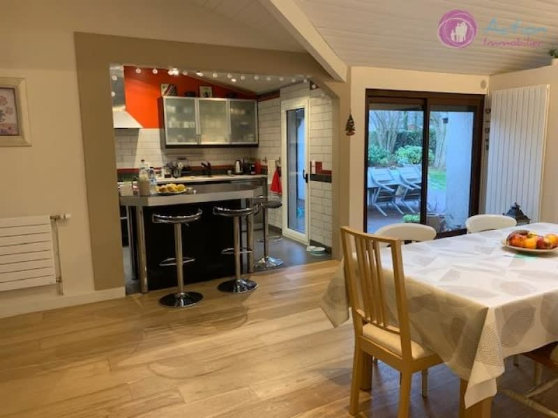 Sale house / villa Lesigny 550000€ - Picture 2