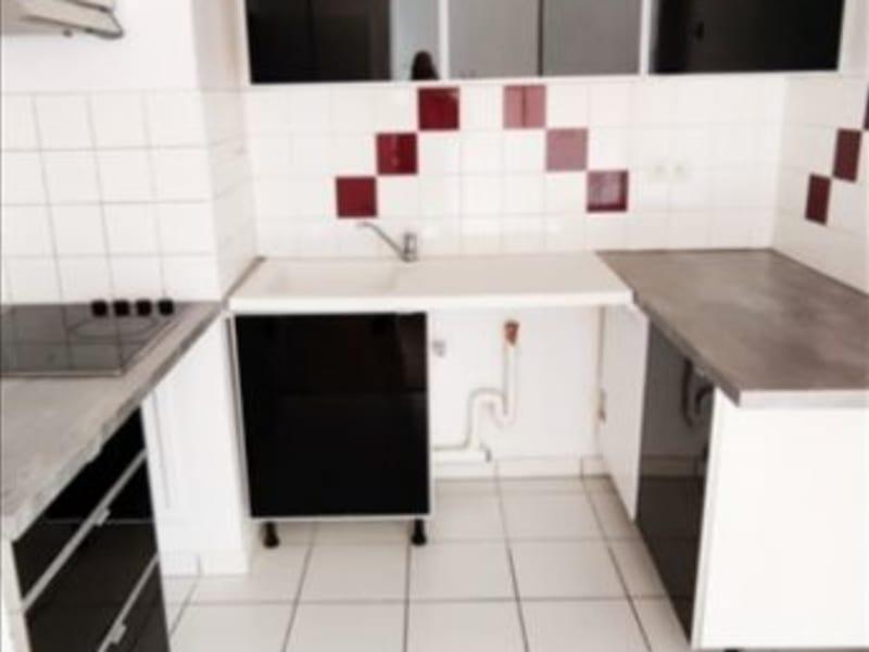 Rental apartment La plaine saint denis 1198€ CC - Picture 2