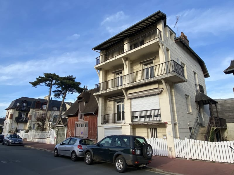 Sale apartment Deauville 208 600€ - Picture 1