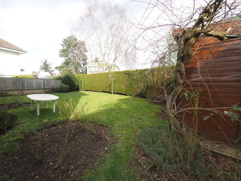 Sale house / villa Bois d arcy 563680€ - Picture 2