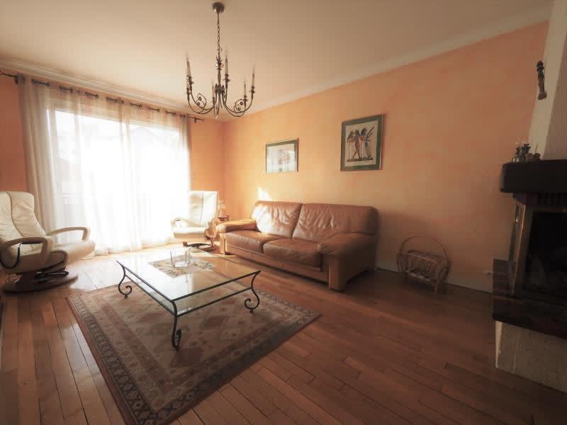 Sale house / villa Bois d arcy 563680€ - Picture 3