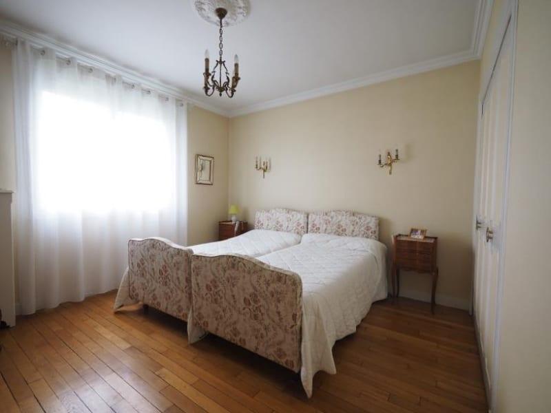 Sale house / villa Bois d arcy 563680€ - Picture 6