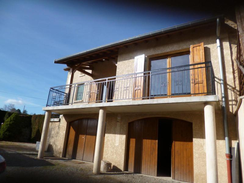 Location maison / villa Saint romain de popey 780€ CC - Photo 1