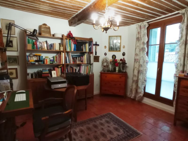 Vente maison / villa Meyrargues 339 600€ - Photo 9