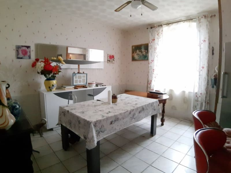 Vente maison / villa Noyant d'allier 75600€ - Photo 8