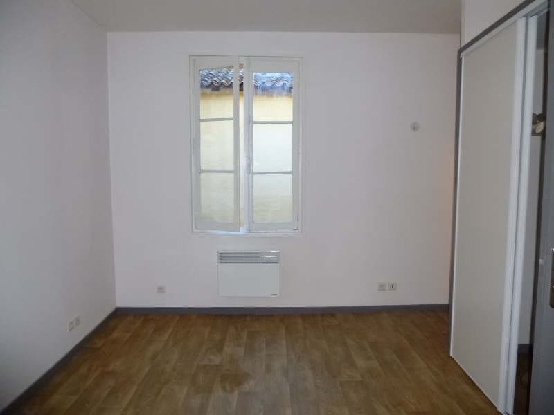 Location appartement Bordeaux 422,37€ CC - Photo 2