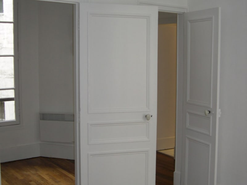 Rental apartment Paris 8ème 1 400€ CC - Picture 4