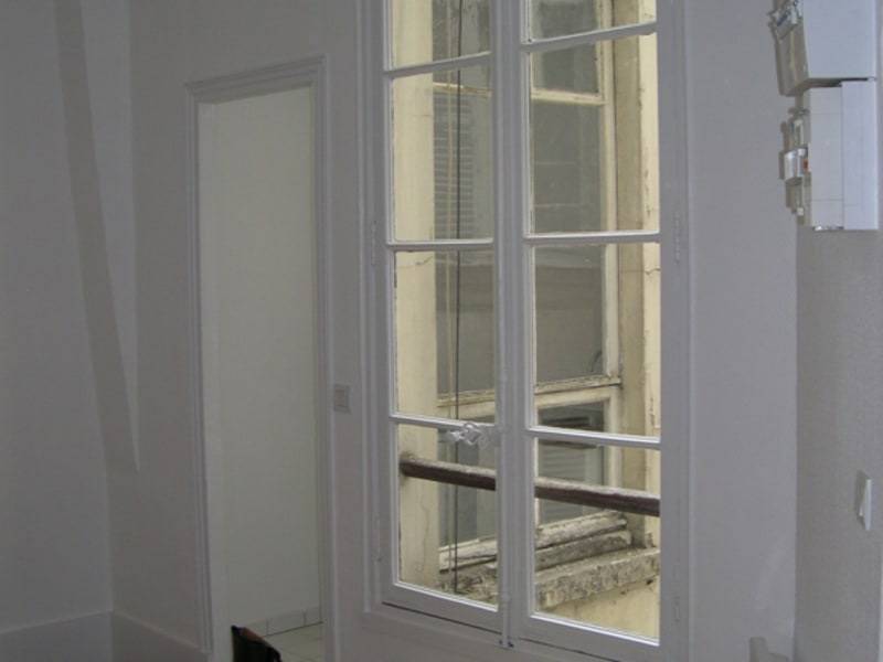 Rental apartment Paris 8ème 1 400€ CC - Picture 7