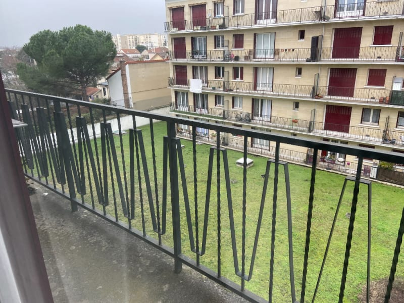 Rental apartment Saint maur des fosses 925€ CC - Picture 3