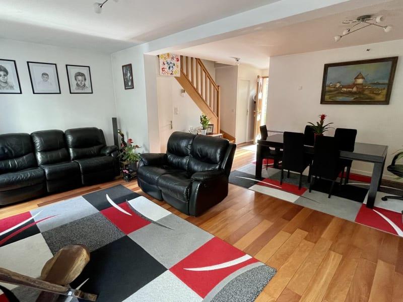 Sale house / villa Rosny-sous-bois 569000€ - Picture 2