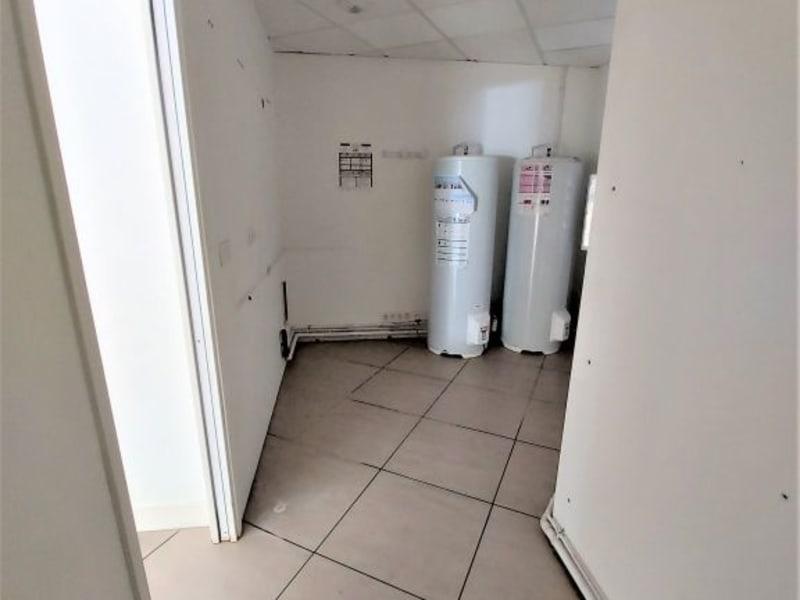 Location local commercial La teste de buch 1400€ HC - Photo 4