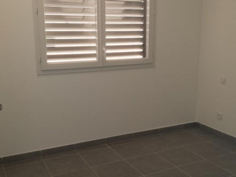 Location appartement St denis 825€ CC - Photo 6