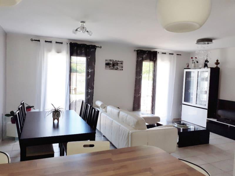 Rental house / villa La tour du pin 895€ CC - Picture 3