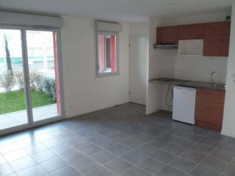 Sale apartment Toulouse 119000€ - Picture 2