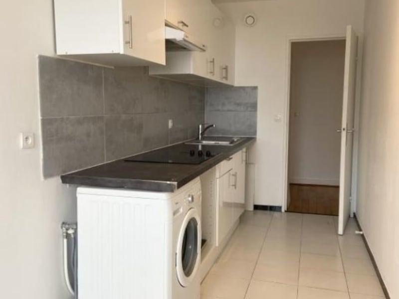 Rental apartment Courbevoie 2550€ CC - Picture 5
