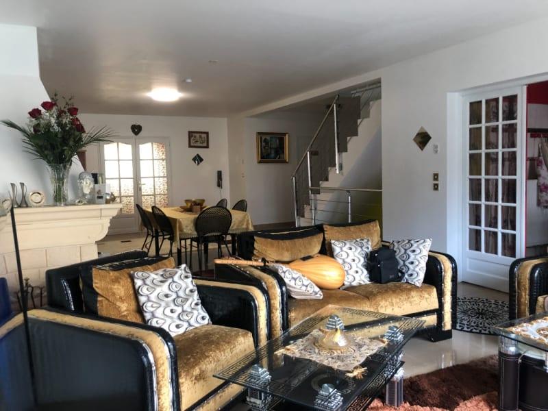 Sale house / villa Sevran 680000€ - Picture 2
