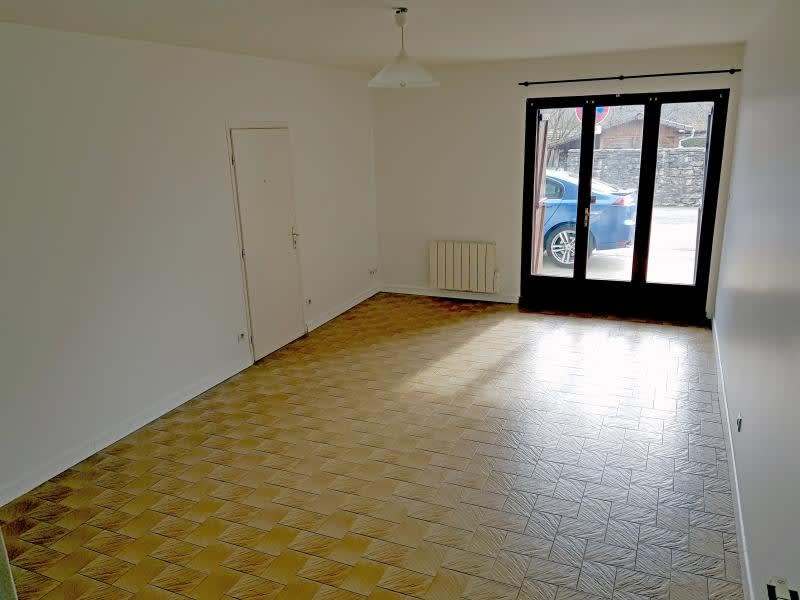 Location maison / villa Brion 695€ CC - Photo 2