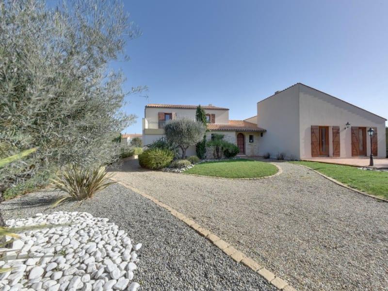 Sale house / villa Chatelaillon plage 875000€ - Picture 1