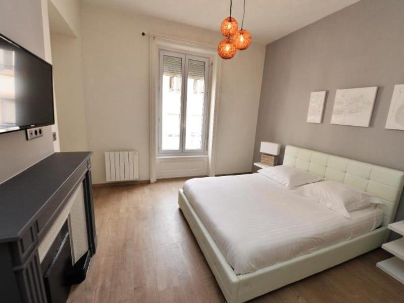 Rental apartment Lyon 6ème 1780€ CC - Picture 2