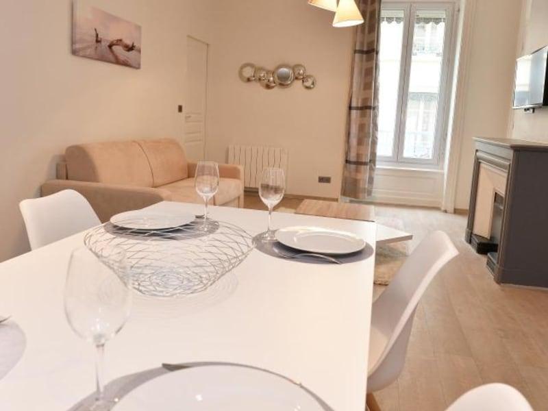 Rental apartment Lyon 6ème 1780€ CC - Picture 6