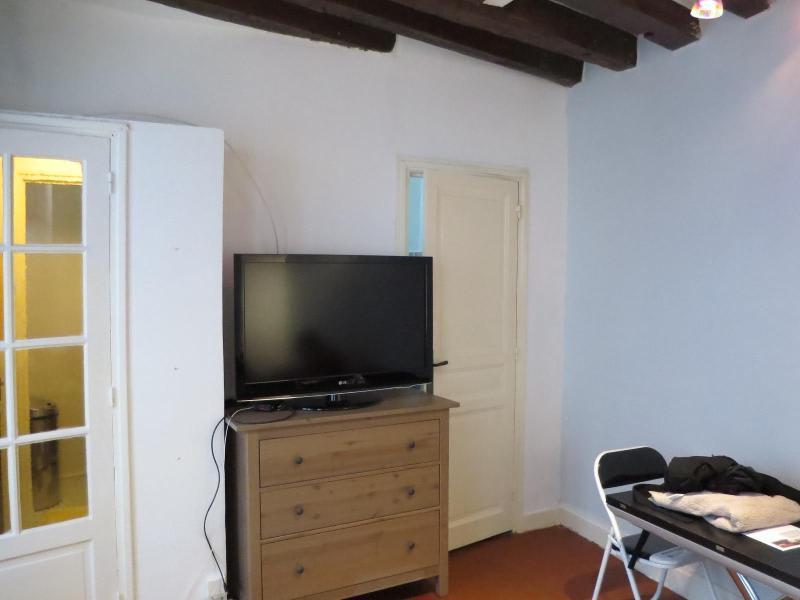 Location appartement Paris 5ème 990€ CC - Photo 5