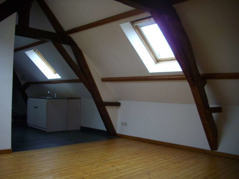 Rental apartment St omer 350€ CC - Picture 1