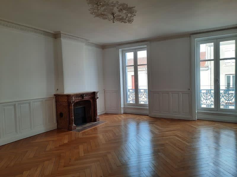 Location appartement Le coteau 545€ CC - Photo 1