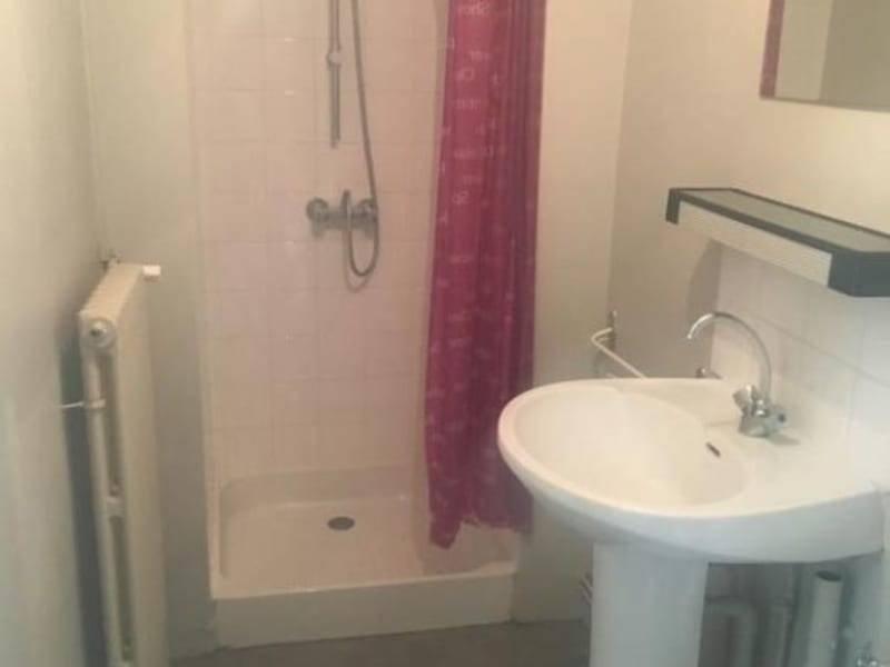 Location appartement Poitiers 311€ CC - Photo 4
