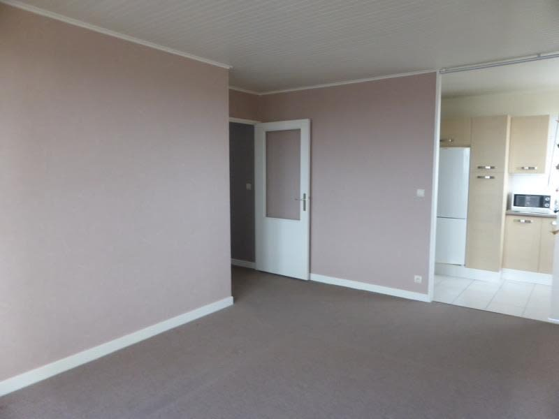 Sale apartment Compiegne 124 000€ - Picture 2