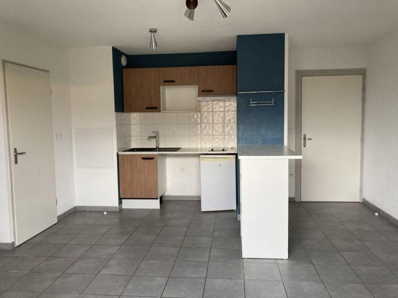 Rental apartment Launaguet 580€ CC - Picture 2