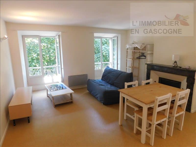 Rental apartment Auch 370€ CC - Picture 1
