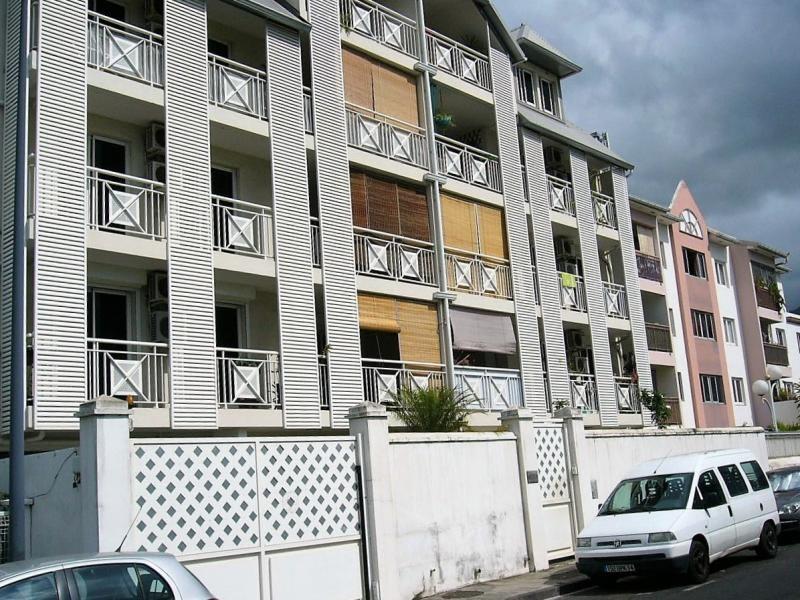Location appartement St denis 1123€ CC - Photo 1
