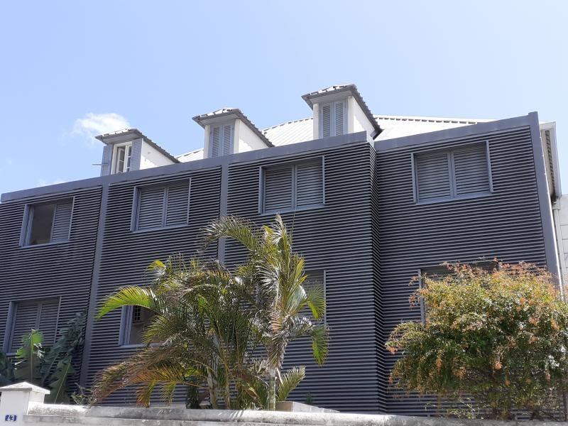 Sale apartment St denis 384800€ - Picture 1