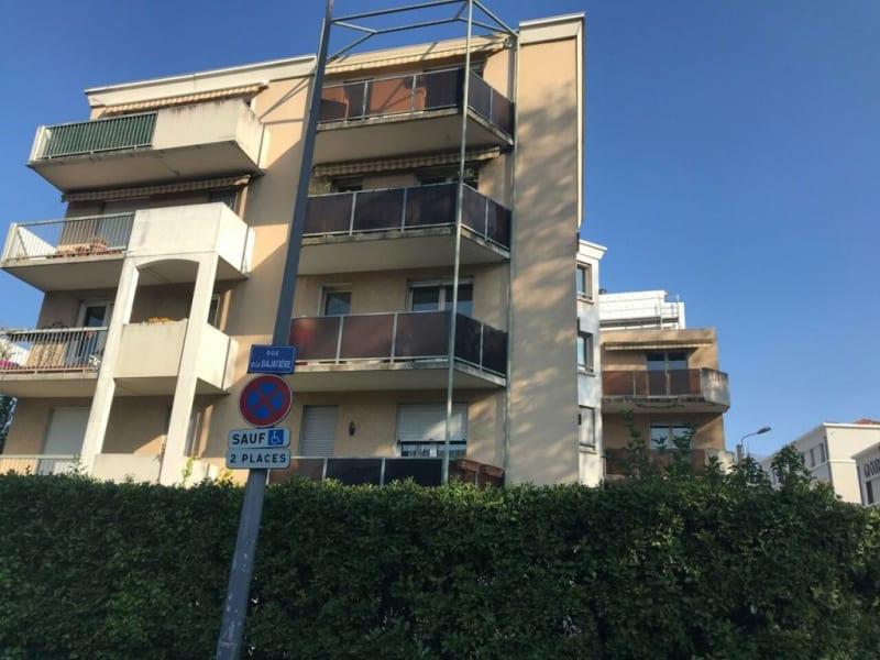 Sale apartment Grenoble 147500€ - Picture 1