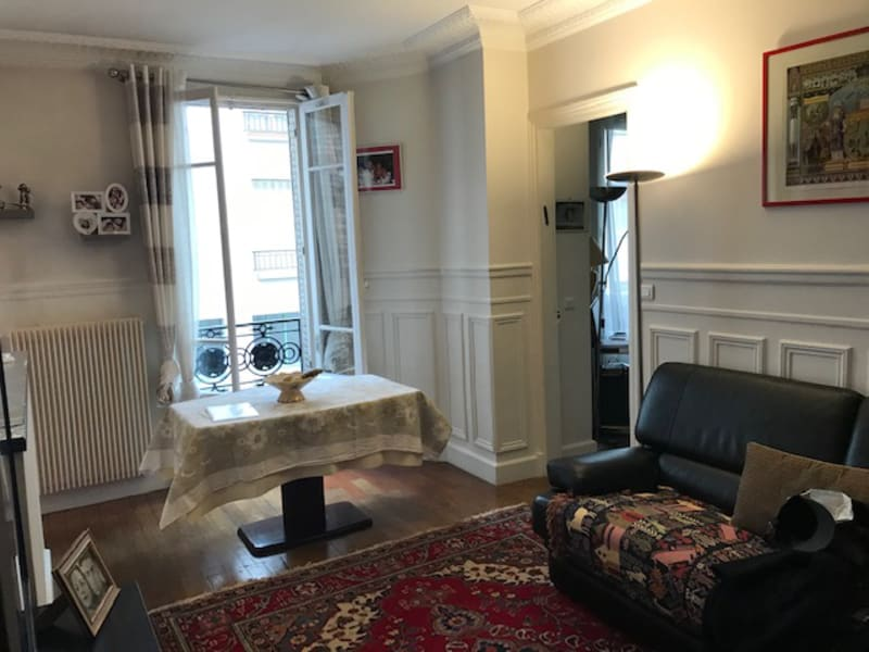 Sale apartment Paris 18ème 561 800€ - Picture 2