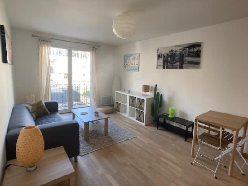 Rental apartment Versailles 1250€ CC - Picture 2