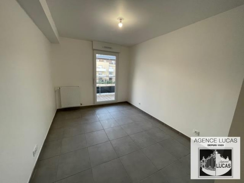 Rental apartment Livry gargan 940€ CC - Picture 7
