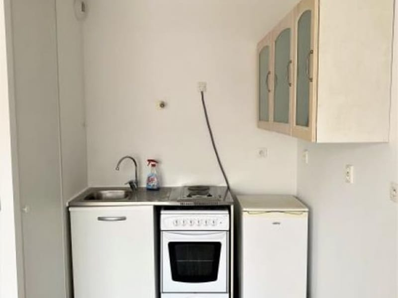 Rental apartment Aix en pce 650€ CC - Picture 2
