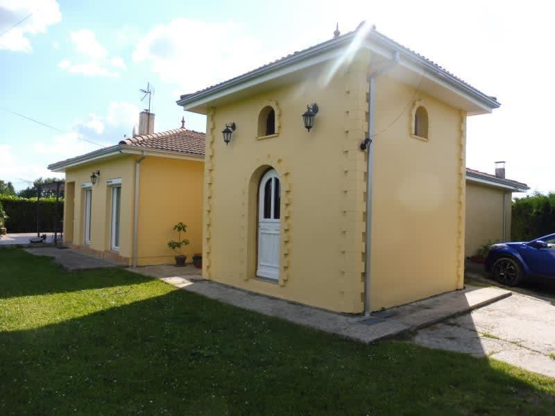 Sale house / villa Aubie et espessas 318000€ - Picture 4